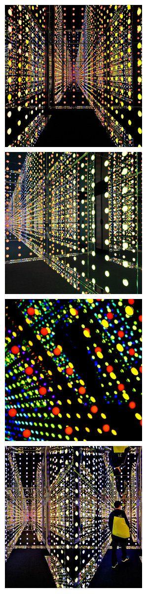 Компания Philips разработала интересное помещение из светодиодных ламп и зеркал. Этот модуль имеет форму куба, его внутреннее пространство в размерах составляет 36 квадратных метров.  светодиоды подсветка освещение светодизайн вывески реклама наружная реклама световая реклама световые короба изготовление рекламы наружная реклама объемные буквы изготовление табличек светодиодный модуль