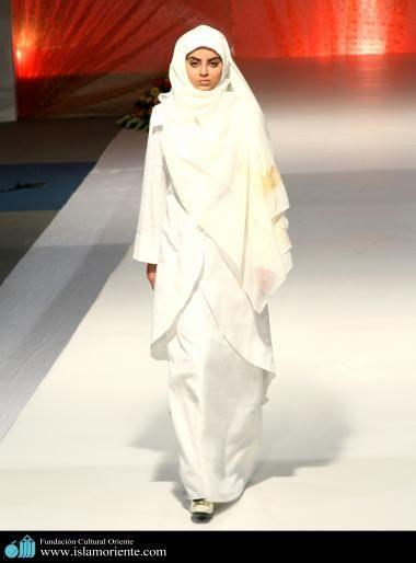 Mujer musulmana y desfile de moda - 6