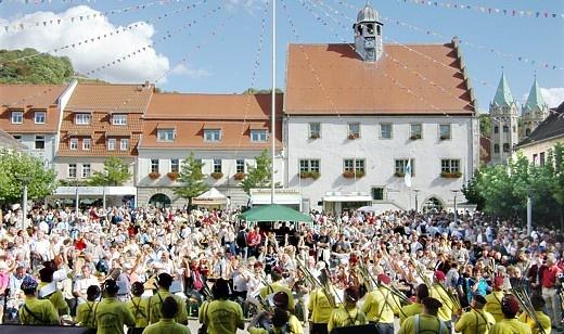 Weinbauverband-Saale-Unstrut | Weine aus dem Saale-Unstrut-Gebiet | Veranstaltungen | Winzerfest