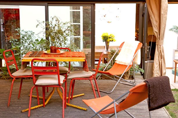 Les 25 meilleures id es concernant chaises longues en - Mobilier de jardin en palette aixen provence ...