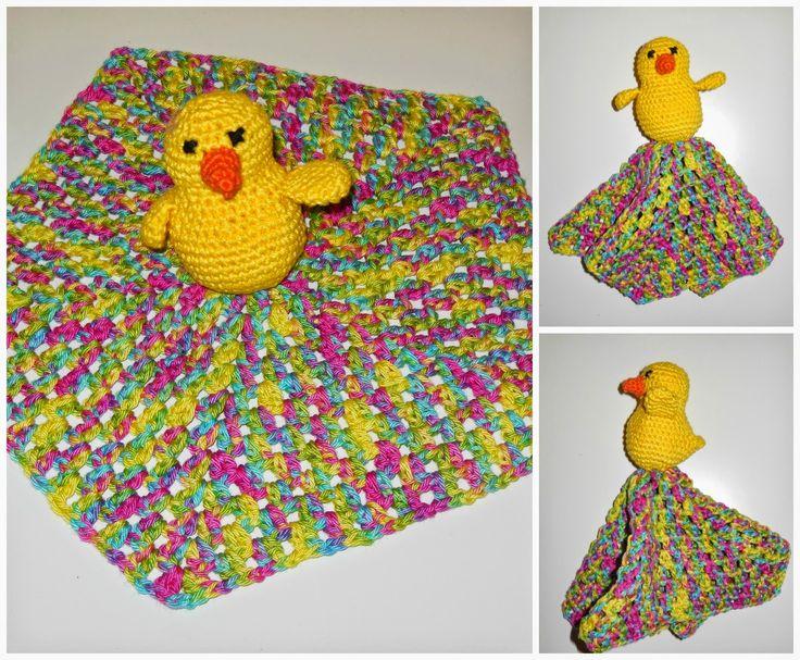 deborah haakt baby doekje kuikentje crochet baby toy chick