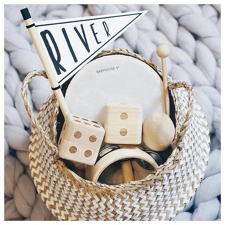 Zig Zag baskets from @olliella are perfect to store your goodies  What do you store in yours? Gorgeous styling by @littleriverlove  Afterpay and ZipPay available Shop Now: www.minimacko.com.au . . . . . #minimacko #olliella #zigzagbasket #basket #decor