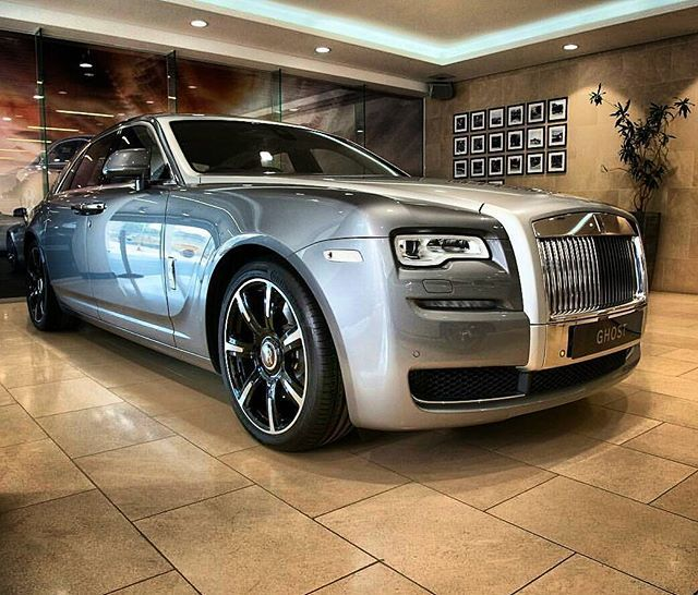 Instagram media by rolls_royce_moscow777 - Сладких снов 😇 ✌ Rolls Royce Ghost 2nd series 👑 🔝 🔱  Like+Comment #rr #ghost #wraith #car#drophead#premium #phantom #cars #luxury #beautiful #rich #beauty #rollsroyce #rolls_royce #moscow #rollsroycemoscow #rollsroyce#2017 #photooftheday #car#dawn #royal#москвасити #royalmoscow #elite#москва #terrific#nice#follow  #like4like