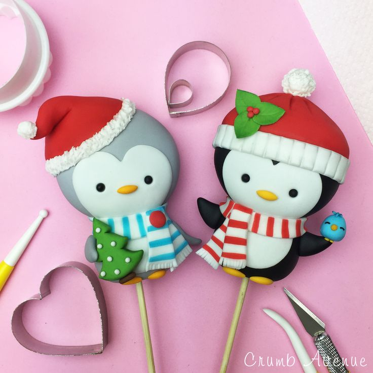 Cute Penguin Cake Topper FREE Tutorial