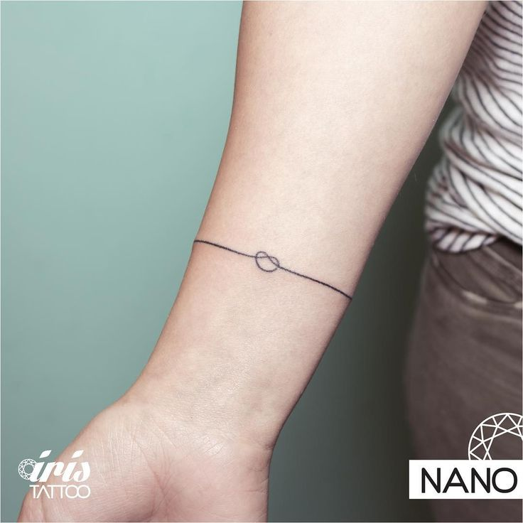"""""""Tattoo by Nano, técnica hand poked (sin maquina). Esta técnica ancestral aparenta ser sencilla de realizar pero requiere de muchísima experiencia,…"""""""