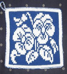 Pansies dishcloth...pattern is in German but there is a chart.