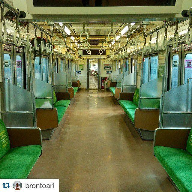 Inside JR205 #instafankcj #KAI #keretaapikita #kereta #railway #indonesia #photography #photograph #trains_worldwide #trains #landscape  #ig_worldwide #ig_worldclub #best_shot #like4like #instasize #instapict #Krl #JR205 #japan #photographer #photo #railfans @krlcommuterline #205系 #日本 by jr205series