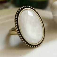 Gemstone ring http://crazyberry.in/online-shopping/artificial-imitation-fashion-jewellery/oval-white-gem-ring