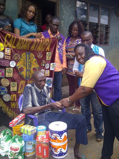 Calabar Atakpa Leo Club (Nigeria) | Leo club members provided aid to a less fortunate blind man