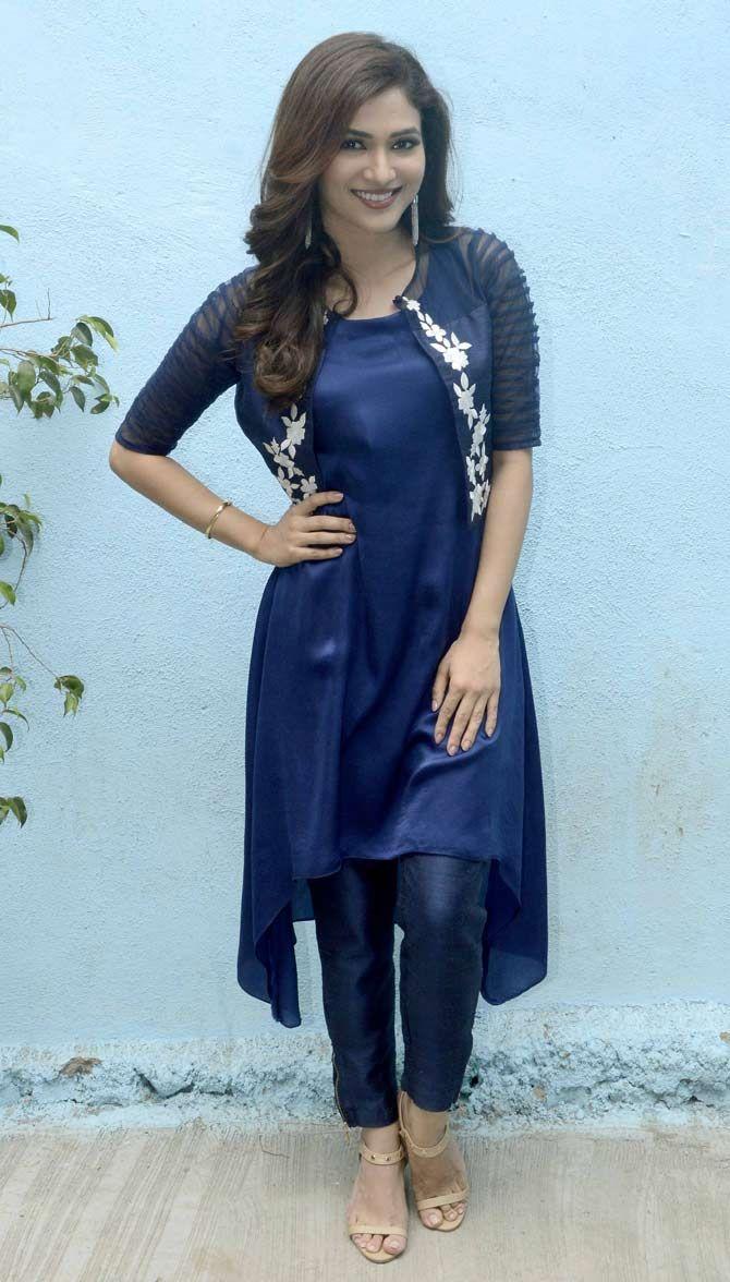 Ridhima Pandit on sets of 'Bahu Hamari Rajni Kant'. #Bollywood #Fashion #Style #Beauty #Hot