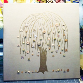 One of my favorite button trees that I have sold. Willow button tree :)