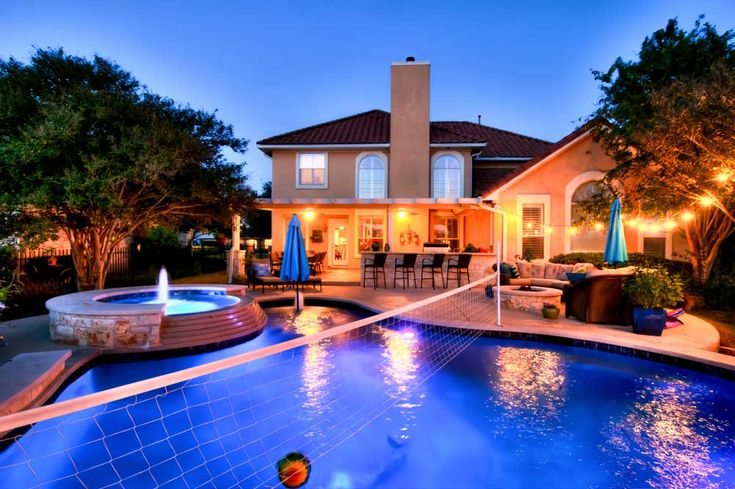 Sports Pools in Austin Texas - Designing Your Pool For Playing Sports Even if you're not an avid athlete or don't participate in recreational sports very much, that doesn't necessarily mean that you won't enjoy playing a few sports or games when hanging out in your pool. There are plenty of benefits to... - http://www.reliantpools.com/sports-pools-austin-texas/