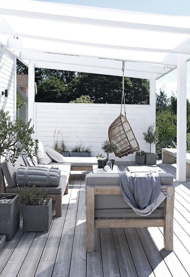 Simple summer pleasures | These Four Walls blog