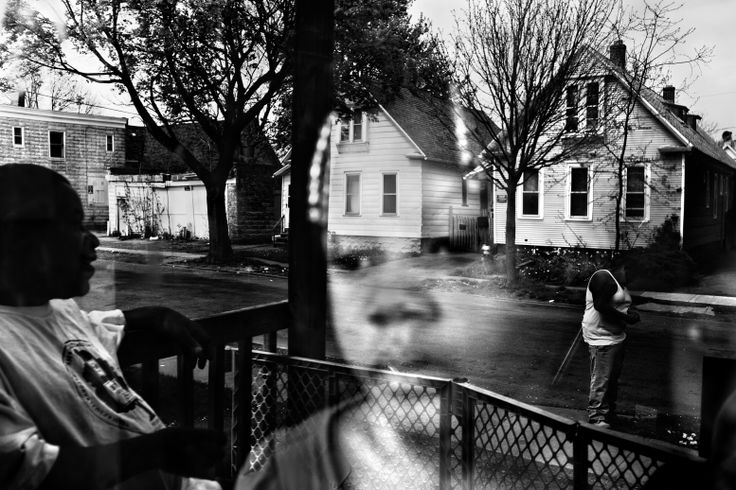 """Paolo Pellegrin. """"The Crescent"""", Rochester, NY, USA, 2012. World Press Photo, 2013, General News, 2nd Prize Stories"""