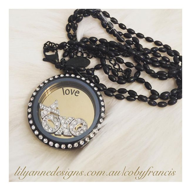 We absolutely love this beautiful pic of our Large Black Locket with Crystals shared by @lilyannedesigns_cobyfrancis  What's in your locket today?   Don't forget to tag us @LilyAnneDesigns or #LilyAnneDesigns to get your pic featured here x