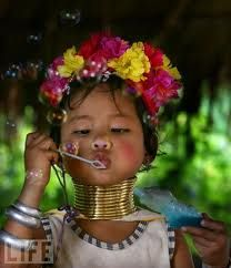 Kids everywhere love bubbles...  Burma Hill Tribe: Faces Children, Asian Child, Little Girls, Future Children, Beautiful Children, Blowing Bubbles, Long Neck, Beautiful Things, Young Girls
