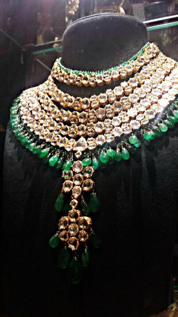 Emerald polki
