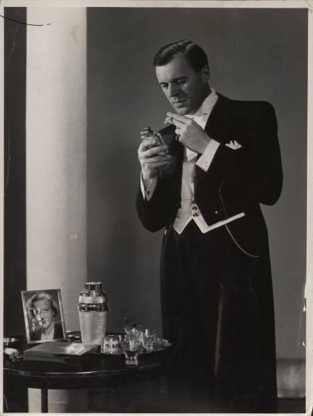 Costumes: Saunders evening 1930s Man Glam