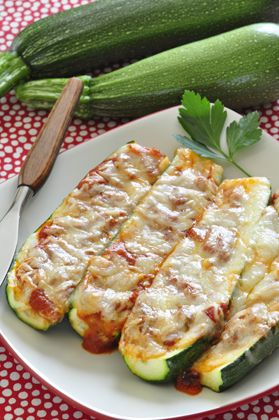 Zucchini Pizza Boats! 4 ingredients, easy recipe, fun for kids to help make, so delicious!