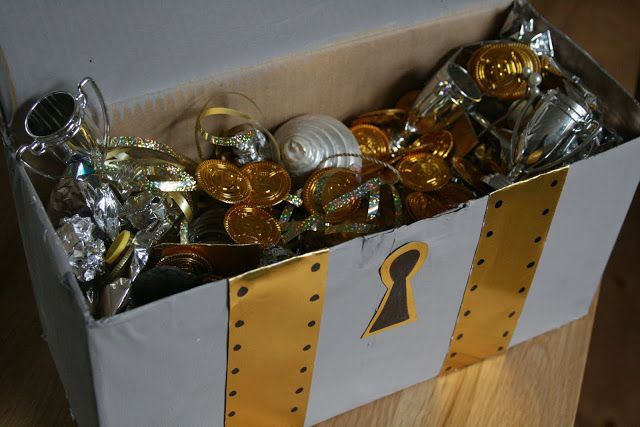 DIY: Treasure Chest - The Imagination Tree for candy swords and take home stuff