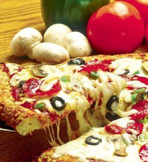"""Pizza """"Suprema"""" - Retete culinare - Romanesti si din Bucataria internationala"""