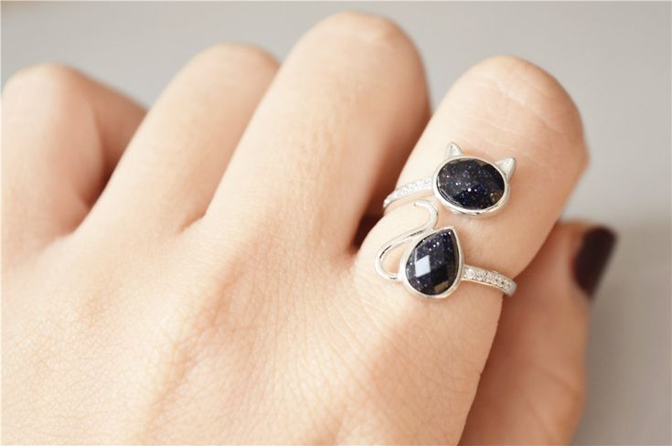 Gemstone Cat Ring, 925 Sterling Silver Cat Ring, Shining Under Sunshine Dark Purple Stone Ring, Big on Luulla