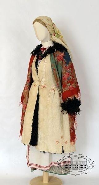 Folk costume from Biłgoraj, Poland - turn of 19th/20th centuries.