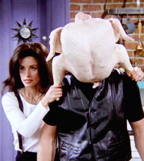 "23 Greatest Thanksgiving Moments From ""Friends"" (via BuzzFeed Community)"