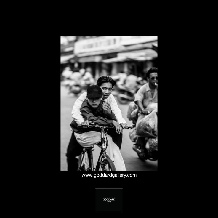 Viet Nam  Follow us in Instagram @stevegoddardgallery⠀ #vietnam #goddardgallery #stevegoddard #landscapephotography #leica #streetphotography #portraitphotography #stevegoddardphotography #blackandwhitephotography #cycling #goddard #saigon #saigonstreets #goddardlondon #iconic #friends