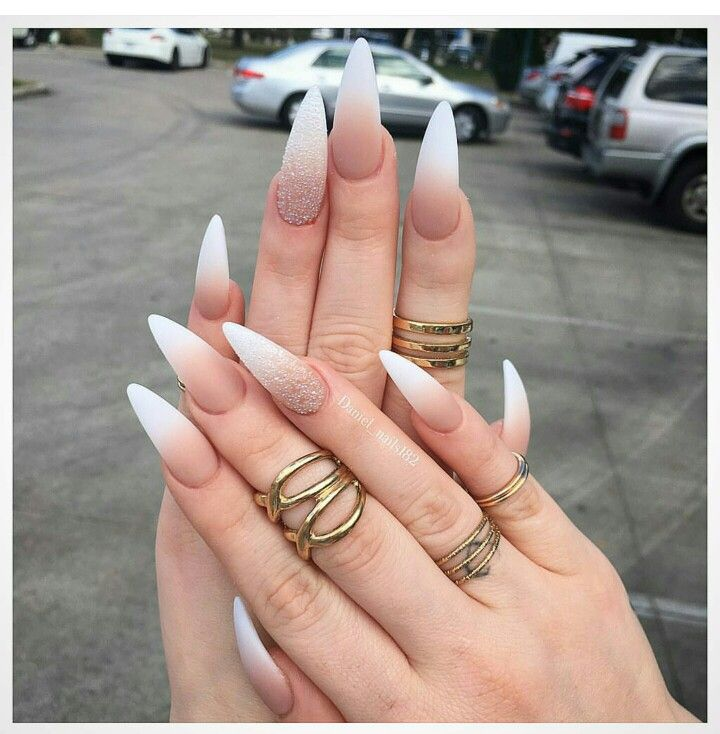 I don't trust anyone with nails like this. What the actual F???