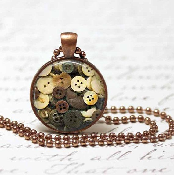 Vintage Buttons Pendant,Button Jewelry, Resin Pendant, Button Necklace, Resin Jewelry C92