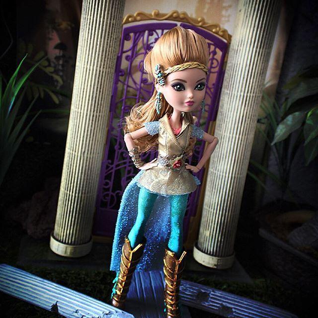 Эвер Афтер Хай Игра Драконов: Самодельные куклы Мэдди и Эшлин