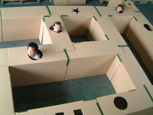 Cardboard maze. So doing this with our moving boxes!! Dom and the girls will have so much fun! Lol