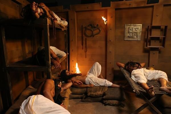 Exclusive still from the sets of #kamasutra3d  For the latest news and updates of #kamasutra3d follow us on Twitter: https://twitter.com/OfficialKS3D, Youtube-http://www.youtube.com/kamasutra3dofficial Instagram: http://instagram.com/kamasutra3d