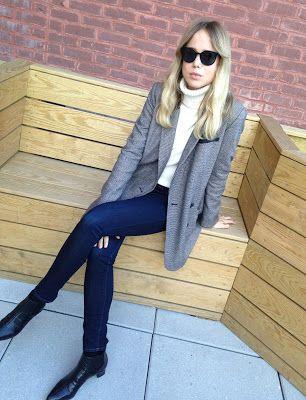 EK Blazer Tibi, knit Filippa K., jeans J.Brand, shoes Max Mara, sunnies Céline