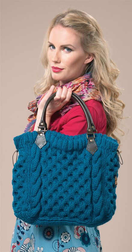 Not normally a fan of knitted bags, but this pattern might be just the thing to change my mind....Cabled tote bag- free pattern