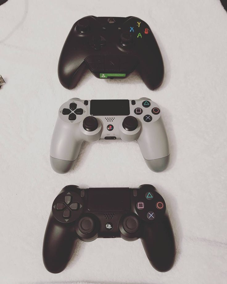 #xbox #xboxone #playstation #ps4 #konsole #picoftheday #pic #pictureoftheday #photo #photography #photooftheday #photographer #love #cute #controller #hello #gamergirl #goodevening #instaxbox #instaps4 #instagood @playstation @xbox #friend #best #bestfriend