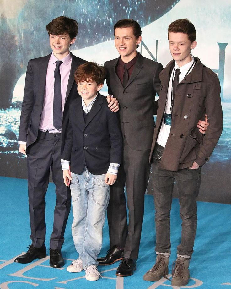 Throwback to the Holland Brothers on the Red Carpet of the movie 'In the Heart of the Sea'