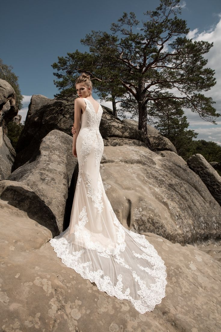 Legendary Wedding Boutique: Enchanted Collection 2017 001b