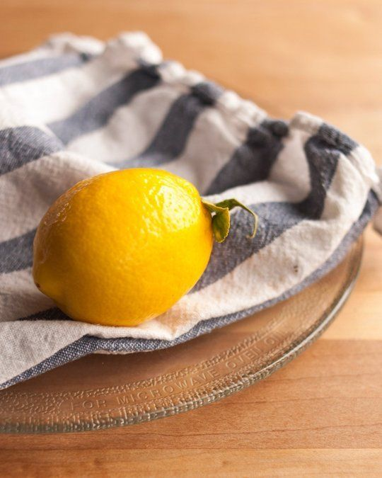 How To Clean Your Microwave Naturally With Just a Lemon