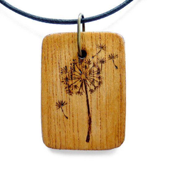 LEÓN pendiente de madera del collar de pirograbado fuego quema Wearable Art Dandelion Colgante En el Flower Garden MTO