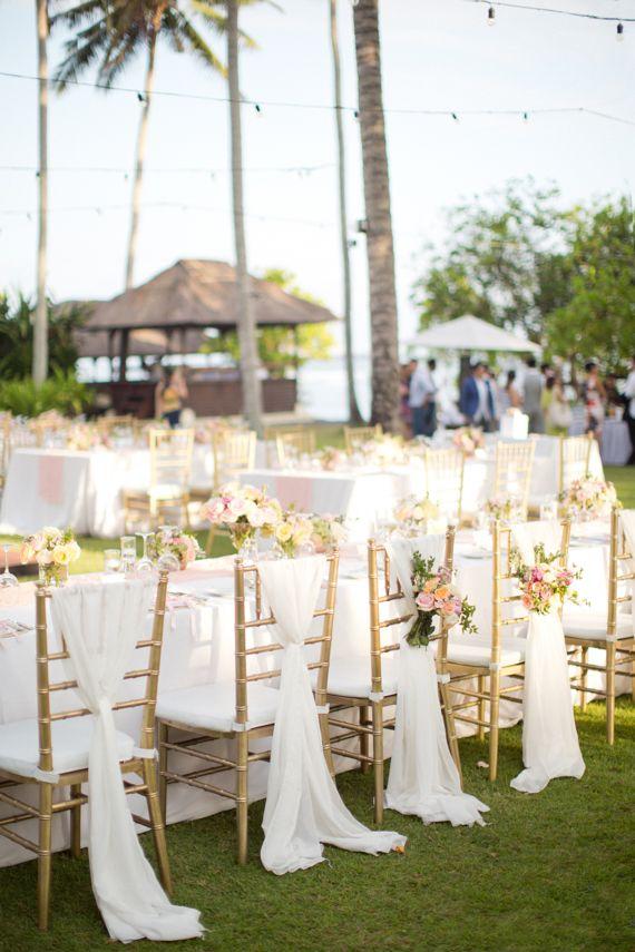 Destination Bali wedding  Photo by Caught the light   Read more - http://www.100layercake.com/blog/wp-content/uploads/2015/04/Bali-wedding