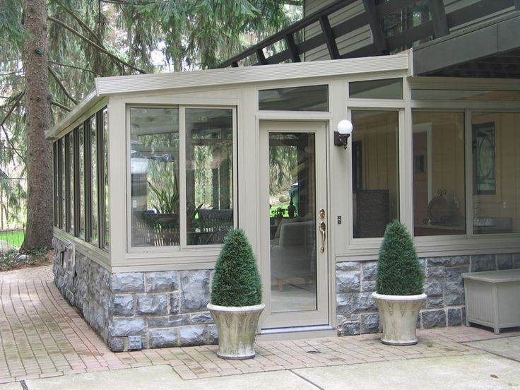 Sunrooms macomb county sunrooms enclosures florida for How to design a sunroom