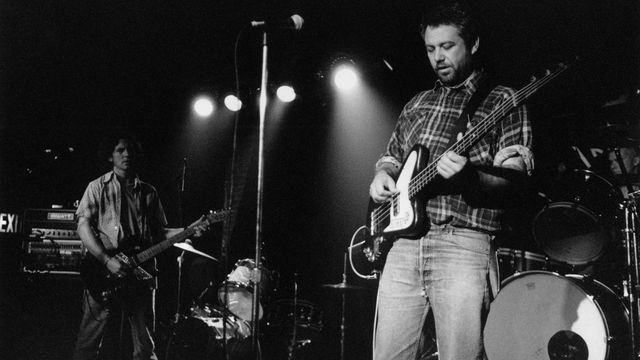 Mike Watt releasing live album of his 1995 Eddie Vedder/Dave Grohl lineup · Newswire · The A.V. Club