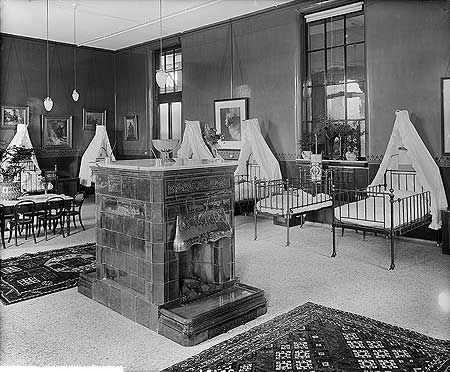 London Temperance Hospital,  Children's Ward, Hampstead Road, Camden 3 Jul 1897