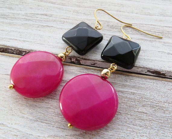 Pendientes de jade color de rosa caliente, pendientes negros del onyx, cuelgan los pendientes, aretes de monedas, pendientes de piedra, moderna de la joyería, joyas de piedras preciosas, bloques de color