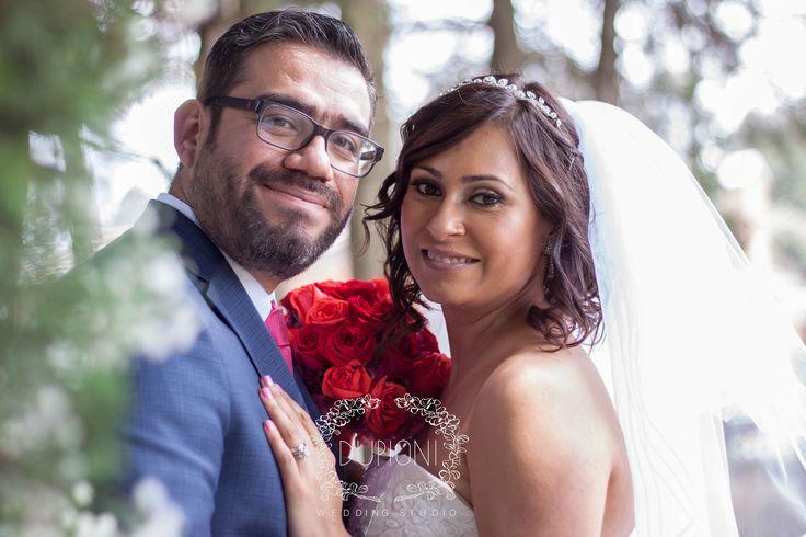 Servicio de Fotografía y Video para bodas. Hacemos que ese maravilloso día dure para siempre. Ponte en contacto con nosotros al  044 777 232 27 16 y al mail : melissa.varella.studio@gmail.com
