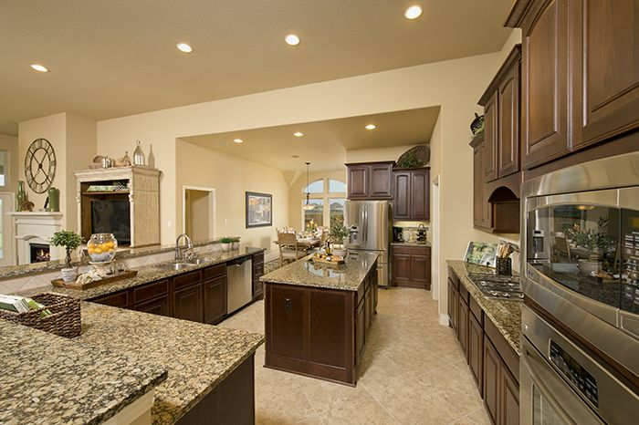 Perryhomes kitchen design 3465w gorgeous kitchens for Model home kitchens
