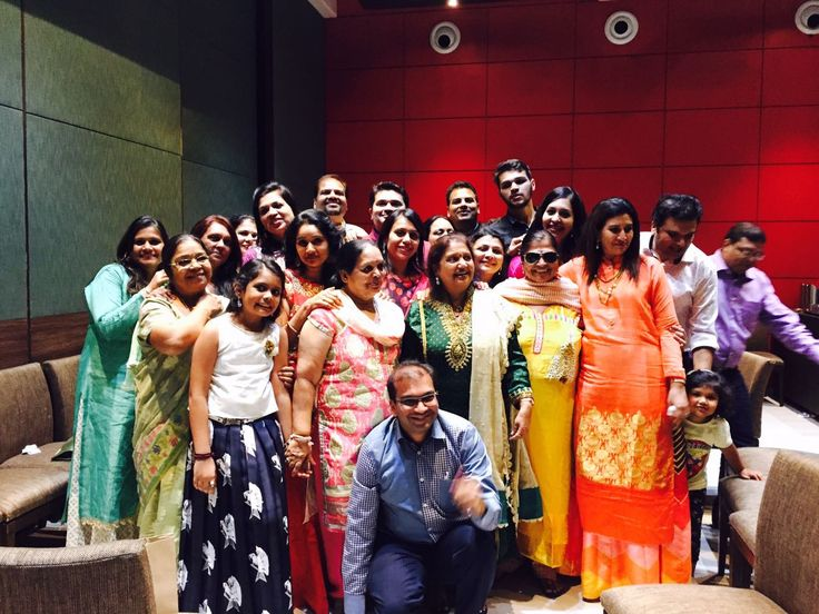 Celebrated Diwali Party with Family members. Get to gather with Brothers and Sisters.   #DipeshSheth #Dipesh #ShethDipesh #Finmancaps #FCS #Diwali #HappyDiwali