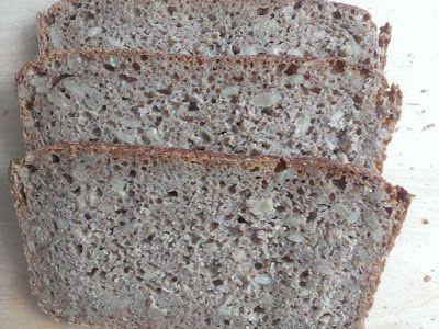 Chleb graham na zakwasie ze słonecznikiem